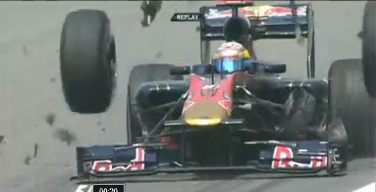 Sébastien Buemi, pilote suisse  pour la Toro Rosso, a été victime en ce vendredi d'un accident plutô...