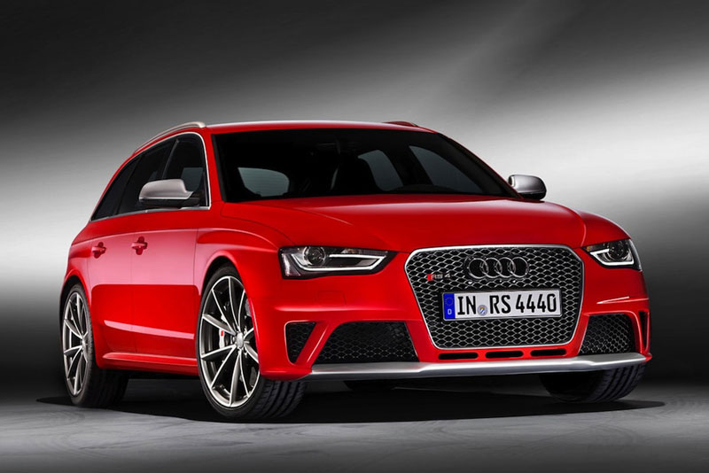 Révélation de l'Audi RS4 Avant au Salon de Genève 2012