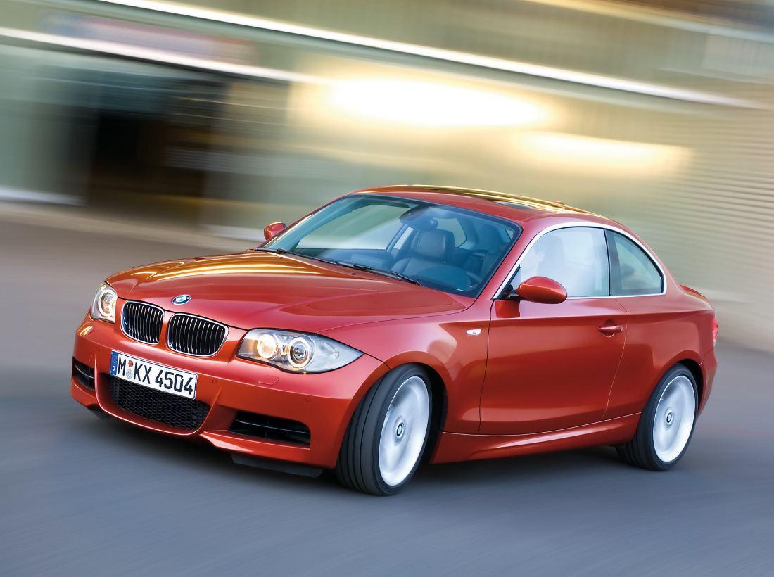 La BMW M1 Coupé a enfin été inaugurée, BMW a utilisé la BMW série 1 existante et y a introduit la gr...