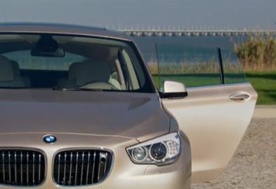 Le regard sur le monde de l'automobile évolue sans cesse. Les voitures familiales de luxe se doivent...