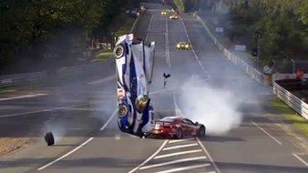 Un crash très violent de la Toyota TS030 hybride d'Anthony Davidson samedi en début de soirée. Voici...