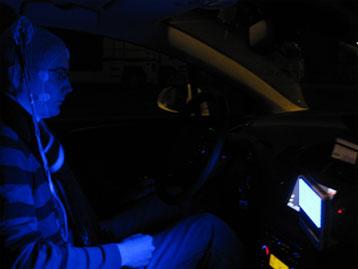 De la lumière bleue pour éviter la somnolence au volant