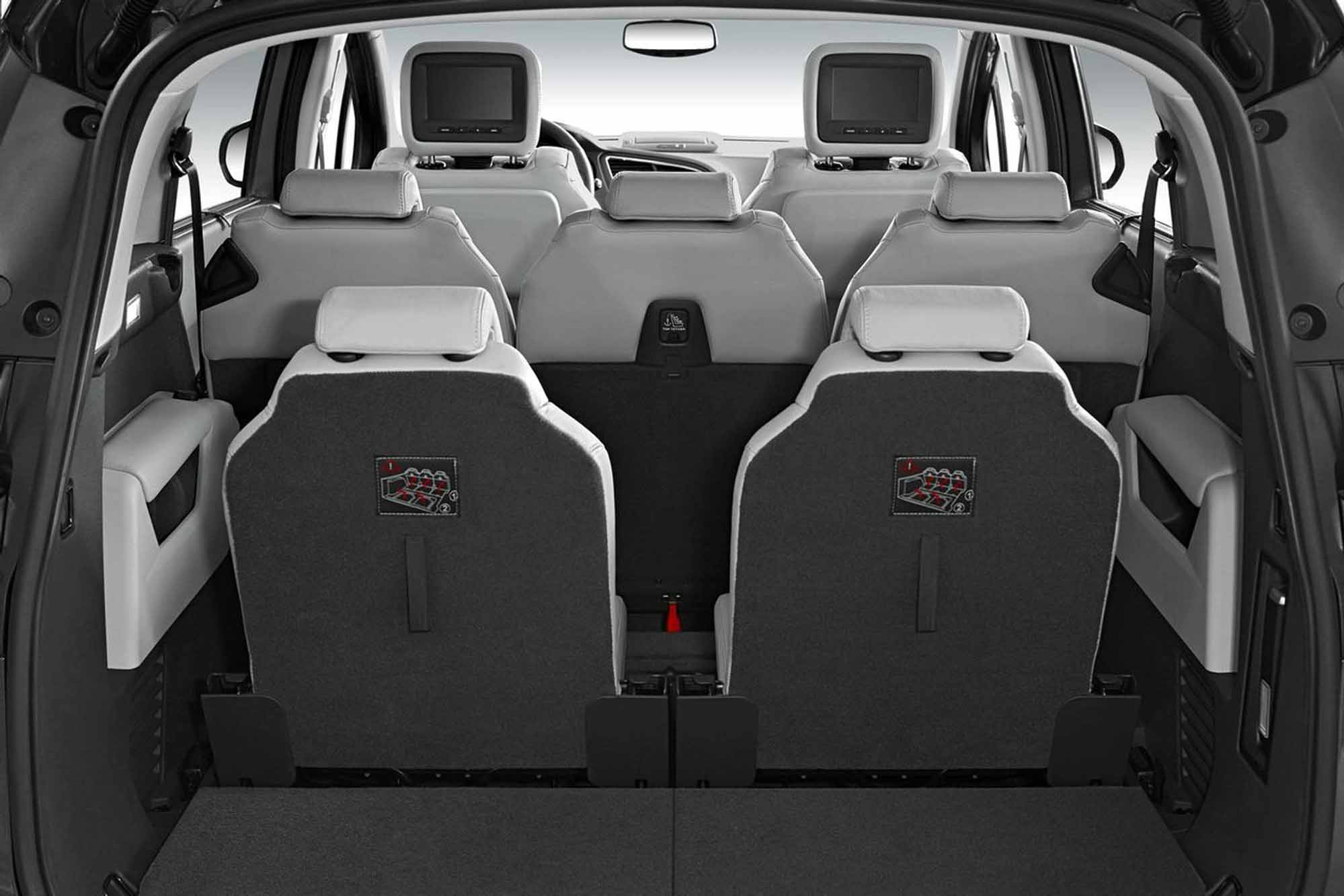 essai peugeot 5008 peugeot se met au monospace compact essais sur. Black Bedroom Furniture Sets. Home Design Ideas