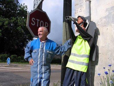 Beauvais : un faux gendarme pour ralentir les chauffards ! (video)