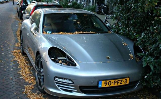 Vols de phares Porsche à Amsterdam (Vidéo)