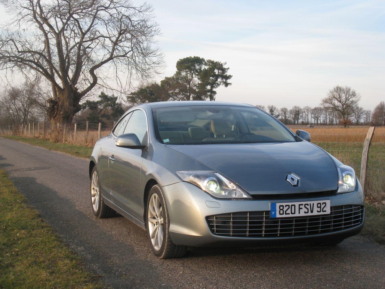 Renault, avec la Laguna, s'est lancé dans l'exercice de style en apportant des réponses différentes ...