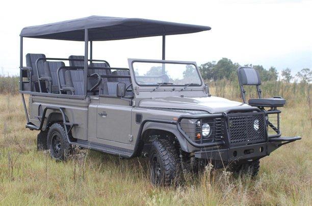 Une Land Rover électrique a été fabriquée par Land Rover Sud-Afrique en collaboration avec Axeon, un...