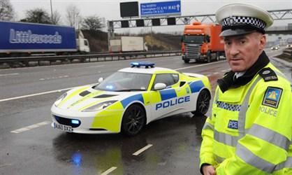Dans le cadre des campagnes de prévention sur les autoroutes anglaises, la police britannique s'est ...