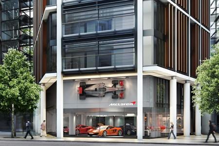 La première concession McLaren ouvre à Londres.