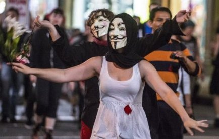 Actuellement embourbé dans des tensions sociales entre les étudiants et le gouvernement au sujet de ...