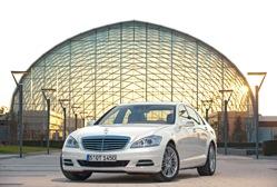 Mercedes-Benz - S400 Hybrid  Un départ retentissant