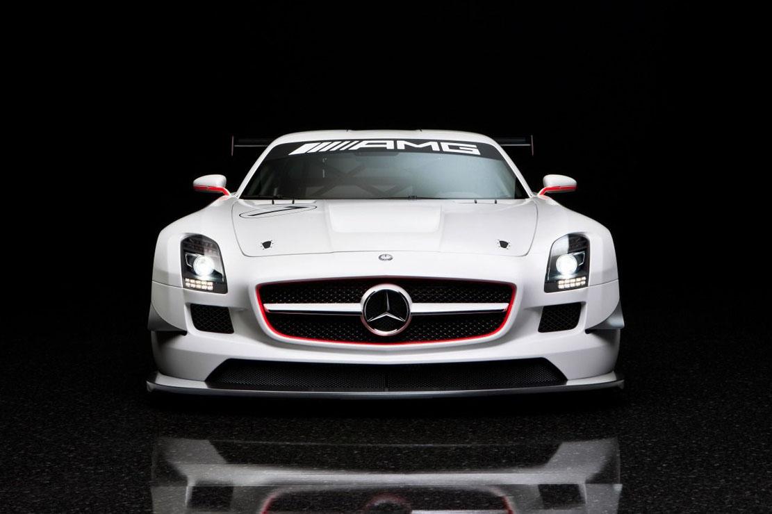 Les chanceux ayant déjà conduit la nouvelle Mercedes SLS se sont certainement dit qu'elle servirait ...