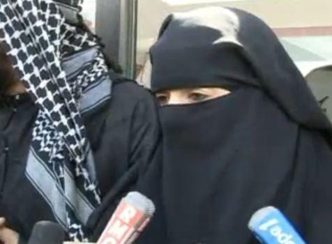 22 euros ! C'est le montant de l'amende qu'a écopé une femme de 31 ans portant le niqab, pour condui...