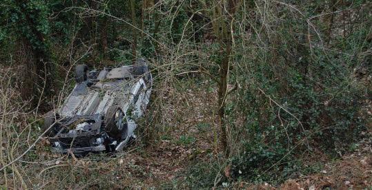 Lozère : à 88 ans, Léon reste bloqué 48 heures dans sa voiture après un accident.