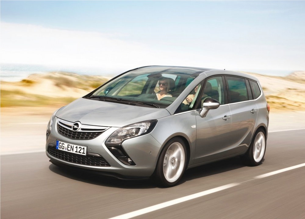 Le nouveau modèle d'Opel nommé « Zafira Tourer »  arrivera en concession d'ici la fin de l'année. D...