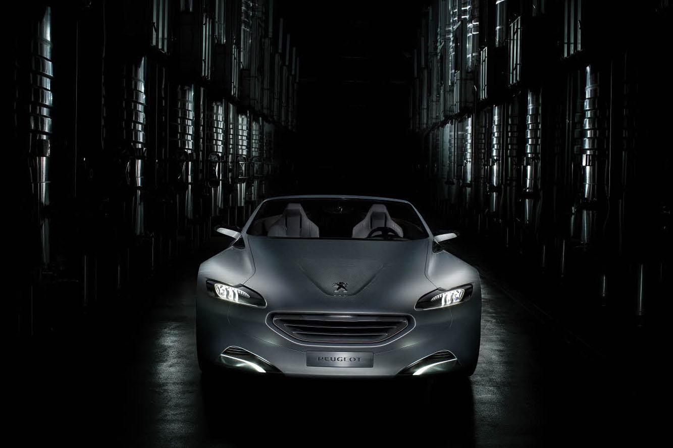 La Peugeot SR1, (Vidéos) Prochainement en série ?