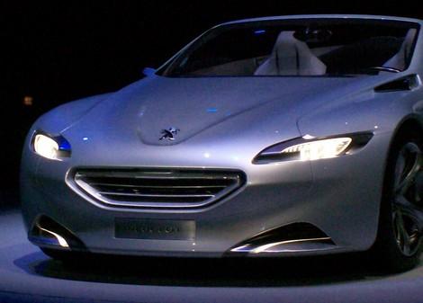 Pour atteindre ces ambitions, Peugeot s'appuie sur une nouvelle stratégie produits, de nouvelles ...