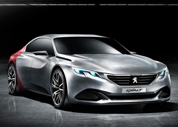 Peugeot revient en force avec Exalt, son nouveau coupé 4 portes.