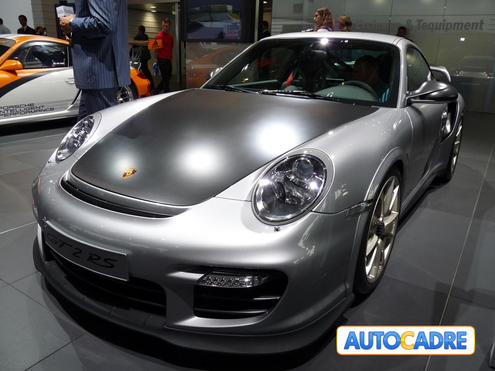 Stand Porsche au mondial auto de Paris 2010 Hôtesses, nouveautés, prototypes