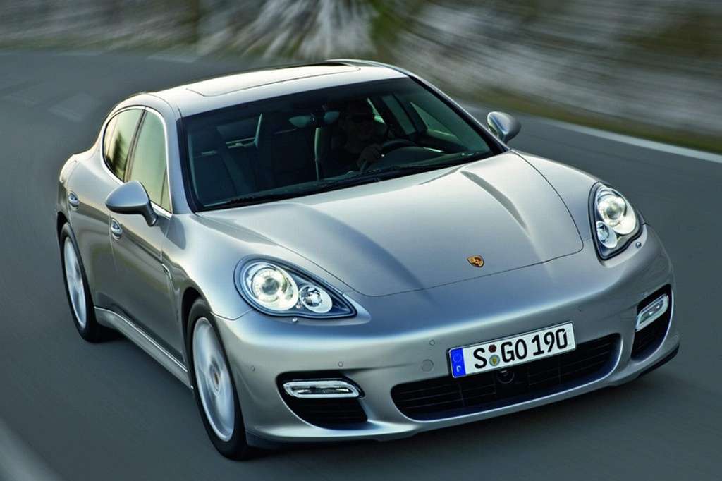 Porsche rappelle ses Panamera,  11 324 Panamera retournent à l'usine !