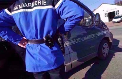 Saint-Sigolène : déçus de ne pas avoir pu voler sa voiture, ils lui jettent une pierre !