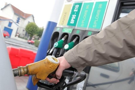 Beaucaire : il vole 36€ d'essence et blesse légèrement le pompiste qui le poursuit.