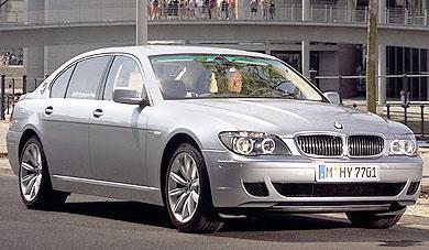 BMW Hydrogen 7 Première voiture de série fonctionnant à l'hydrogène