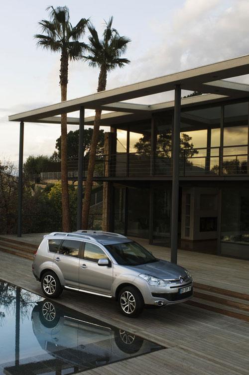 Citroën C-Crosser La polyvalence d'un SUV haut de gamme au style racé
