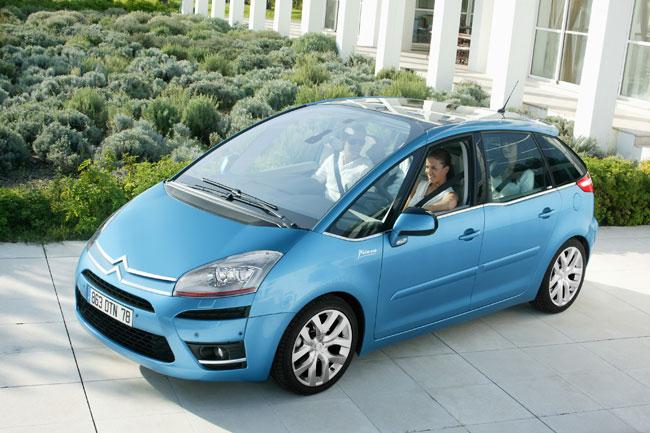 C4 Picasso Lounge s'inscrit dans les dernières tendances des véhicules spacieux haut de gamme et con...