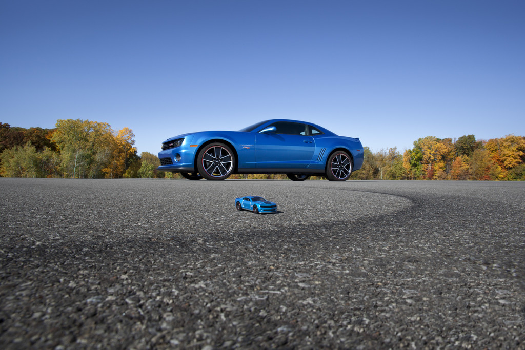 La camaro Hot Wheels Edition, a récemment été dévoilée au SEMA Show de Las Vegas. Elle sera disponib...