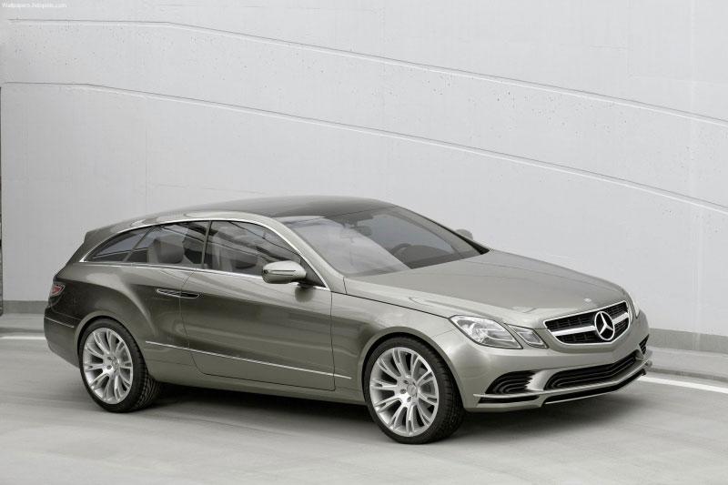 Mercedes-Benz construit des coupés attrayants– et entend le confirmer à l'occasion du Mondial de l'A...