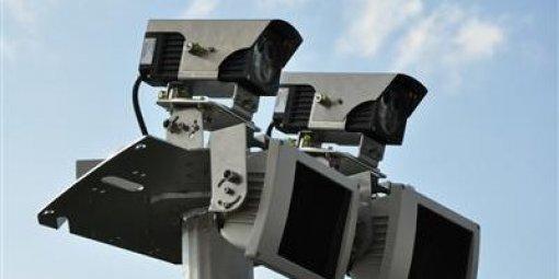 Les radars tronçons : leur déploiement est réduit de moitié!