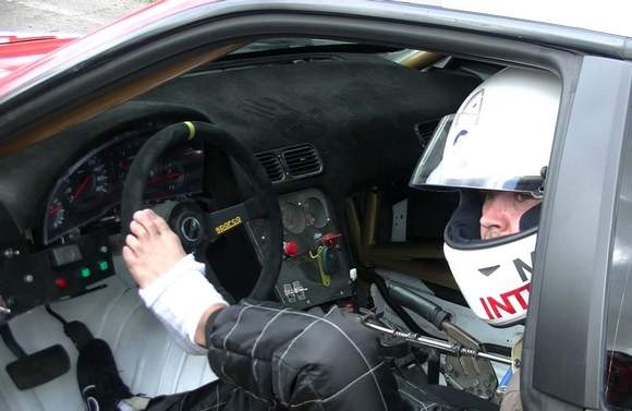 Le drift est un sport qui demande une coordination parfaite des mouvements afin de maîtriser au maxi...