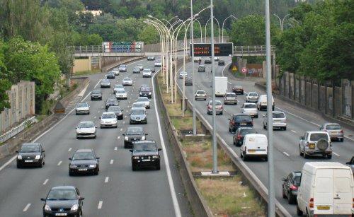"""L'éclairage de jour obligatoire pour les véhicules neufs  La Fédération européenne des motards s'est dite """"pas opposée"""""""