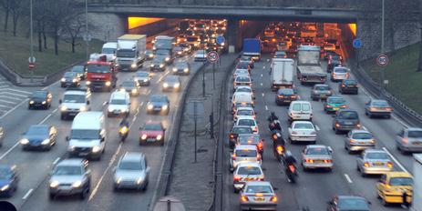 Embouteillages : ce qu'ils coûtent réellement en France
