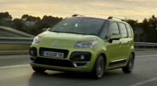 Chez Citroën, on le surnomme « Magic Box » ou « arme anti-crise ». Le Citroën C3 Picasso débarque da...