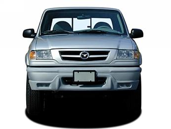 Actuellement MAZDA ne dispose que d'un seul véhicule à quatre roues motrices, le B2500 pickup ! Deux...