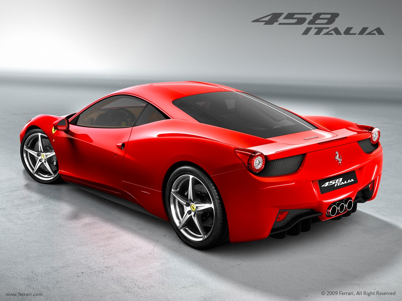 Un 4x4 se gare sur une Ferrari 458 Italia  Vid  o  Quand deux voitures oD73oHqg