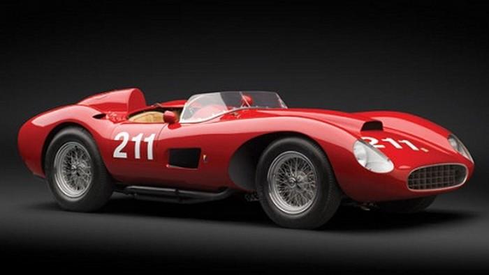 Une Ferrari vendue 5 millions d'euros aux enchères !
