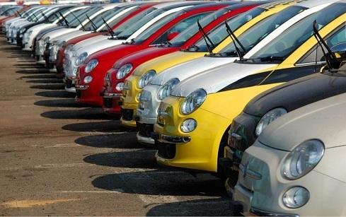 Véritable phénomène de mode, le fait 500 a su déchaîner les passions. Pour cause, Fiat a annoncé lun...