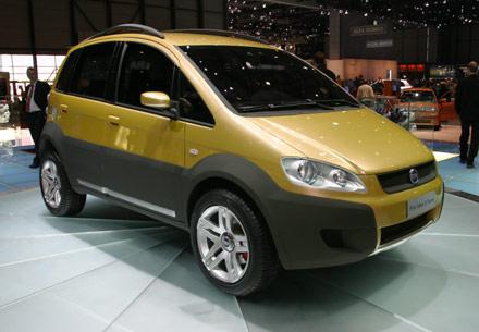 Fiat Idea 5Terre L'entreprise turinoise nous propose sa vision des S.U.V. (Sport Utility Vehicle)