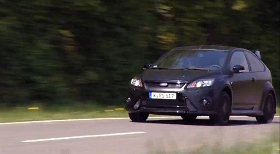Rencontre entre Mikko Hirvonen, (Vidéo)  Et le Ford Focus RS500.