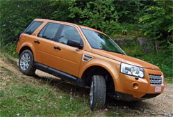 Land Rover Freelander 2.2 TD4 HSE Polyvalent et luxueux