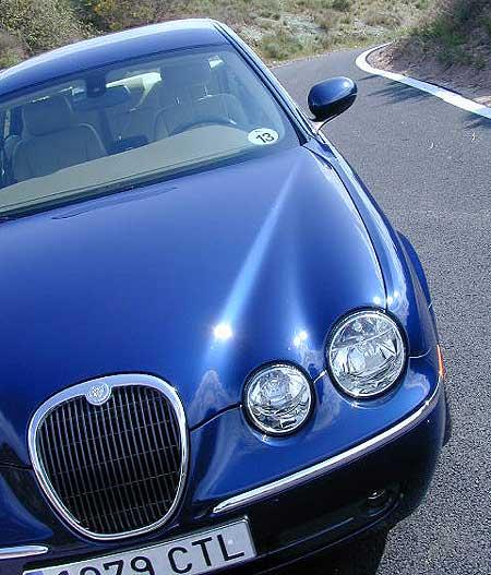 Jaguar S-Type 2.7d Vivacité et confort