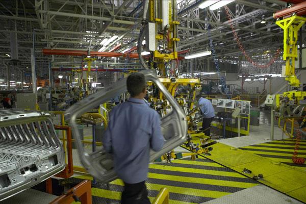 Renault lance Logan en Argentine et au Brésil Plus de 450 000 Logan ont été vendues dans le monde