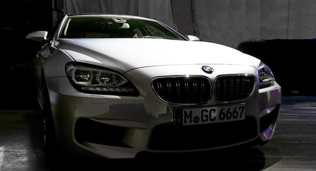 La BMW M6 Grand Coupé sera dévoilé officiellement au salon de Détroit. Cependant, quelques clichés d...