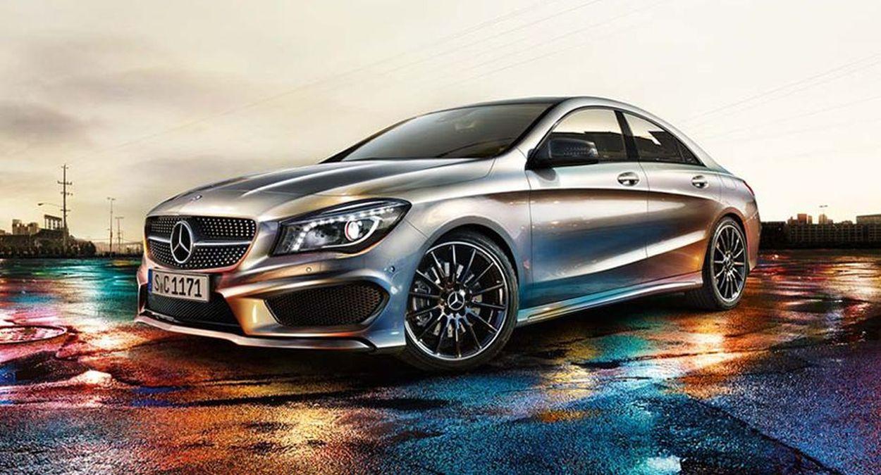 La Mercedes CLA fera sa première apparition publique en 2013. En attendant cette présentation offici...