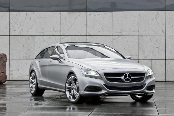 Donner à un break le dynamisme d'un coupé, voila une gageure relevée par Mercedes. Passé maitre dans...