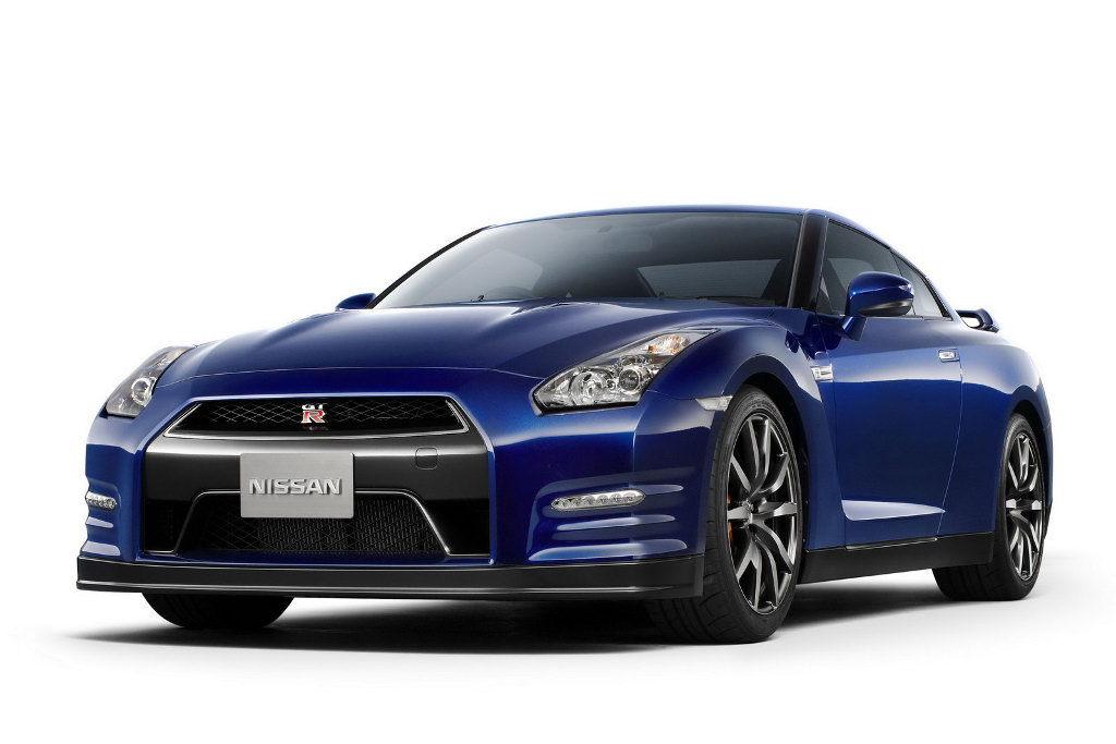 Incroyable mais bien vrai, la GT-R version 2010 déjà équipée d'un V6 bi-turbo 485 chevaux et déjà co...