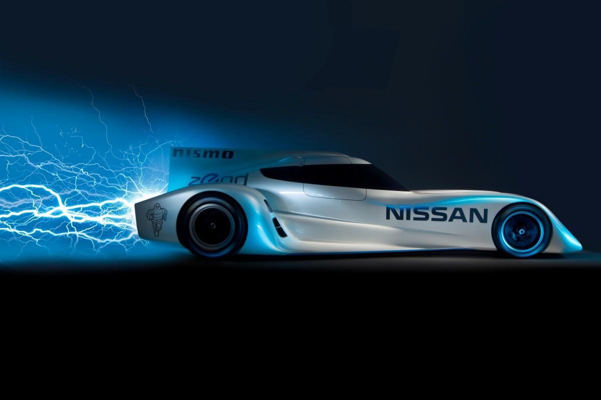 Dévoilée pour la première fois en juin dernier dans le cadre des 24 Heures du Mans, la Nissan ZEOD R...